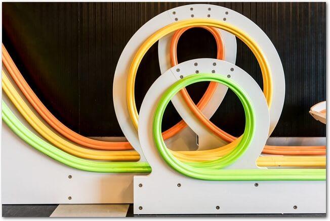 子どもが作れるピタゴラスイッチ 簡単自作ピタゴラ装置の作り方!
